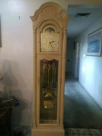 Howard Miller Grandfather Clock Las Vegas, 89101
