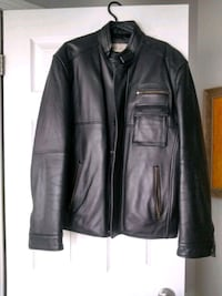 Men's Leather Jacket 100% Leather Size M/L Brand Retreat Whitchurch-Stouffville, L4A 0J5
