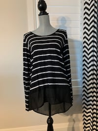 Fifth son women's top size large