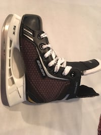 Black and gray one 4 shin guard Mississauga, L5A 1G5