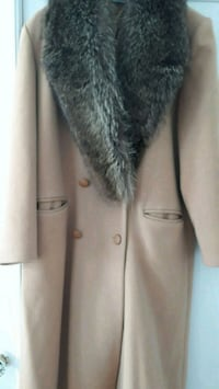 vintage camel wool winter coat w/real fur collar