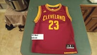 Cleveland Cavaliers James youth sz med jersey