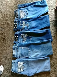 four blue-washed jeans Wichita, 67214