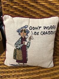 Pillow. Don't worry be crabby. Kent, WA Kent, 98031