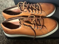 pair of brown leather boat shoes Los Angeles, 91342