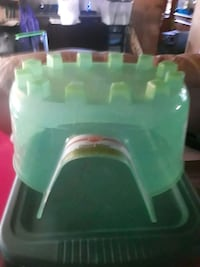 green and white plastic container Cape Coral, 33909