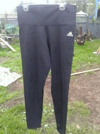 womens adidas stretchy workout pants  Surrey, V3W 3H3