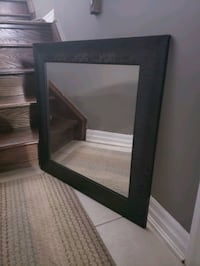 Beautiful 2feet×2feet accent mirror  Milton, L9T