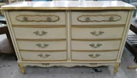 70's French provincial 6 drawer dresser