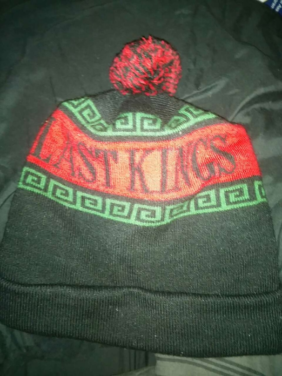 Photo Black red and green last king beanie