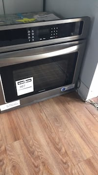 Single elect wall oven frigidaire Wilton Manors, 33334