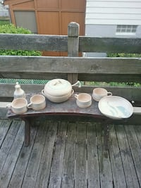 Ocepek hand made pottery great cond. Akron, 44314
