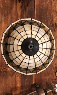 Tiffany style ceiling lamp Vancouver, V6N 3J3