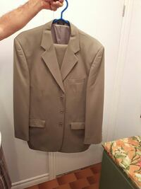 Single breast beige taupe suit  Montreal, H1W