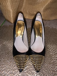 Michael Kors black and gold pumps 8.5 m Pikesville, 21208