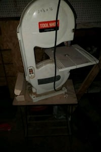 "Tool Shop 9"" Band Saw with Stand"