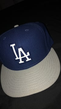 7 1/8 Dodger hat never wore Los Angeles, 90033