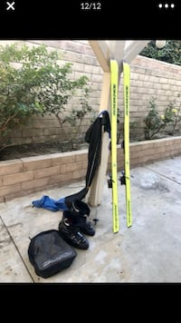 Mens 191 skis,boots,poles with carry bags   Las Vegas
