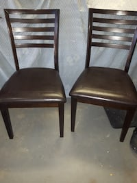 4 Dining chairs Chatham-Kent