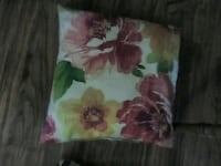 flower throw pillow Knoxville, 37915