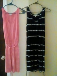 two pink and black scoop-neck sleeveless dresses