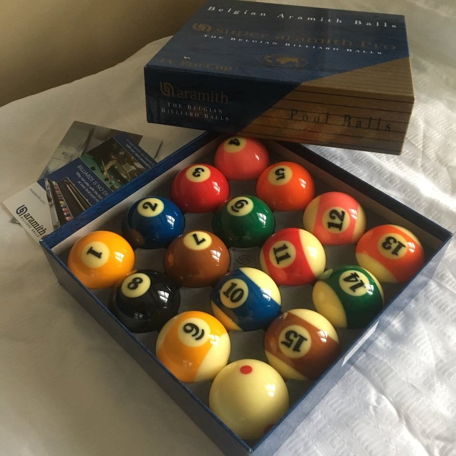 Brand never, never used Super amarith pro pool ball set