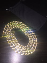 18k gold chain East Haven, 06513