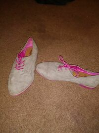 gray-and-pink suede shoes