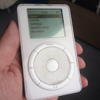 White first-generation iPod. Vancouver, V6E 1N2