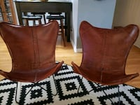 Set of 2 beautiful leather chairs Mississauga, L4Y 2B2