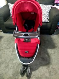 Britax stroller with tray