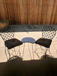 Table & 2 chairs w pillws(SERIOUS ONLY!) Visalia