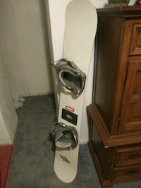 Diablo Snowboard with Mission Bindings