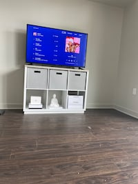 50 Inch Flat Screen TV with Media Center Silver Spring