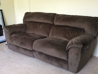sofa reclining like new Alexandria, 22314