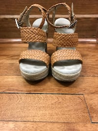 Michael Kors braided leather and rope wedges size 5M Montréal, H4A 3L2