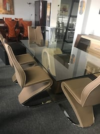 Brand New Glass Dining Set with 4 Chairs Richmond Hill, R0B
