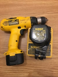 Dewalt drill charger and 2 batteries Edmonton, T5Y 3W1