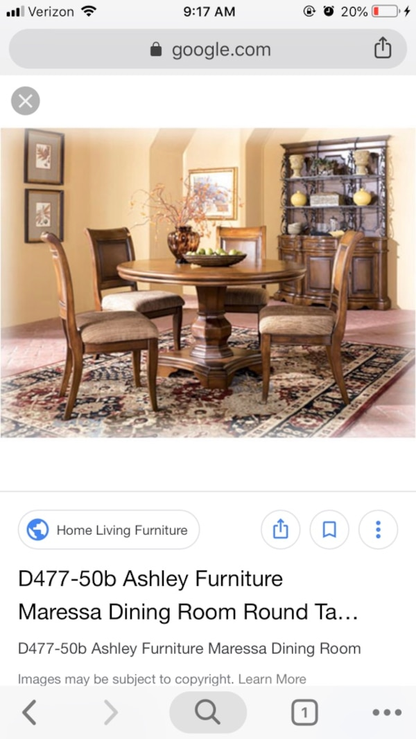 "Round dining / kitchen table set. 4 chairs. 54"" diameter."