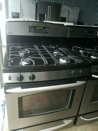 Gas stove 4 burner ge  Temple Hills, 20748