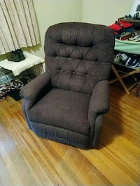 Recliner... Its works!!!  Newport News