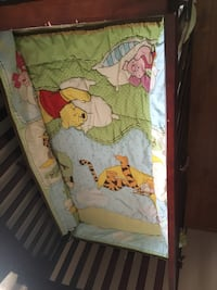 Winnie the Pooh characters print bed sheet 250$ OBO