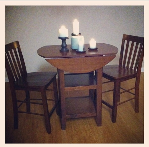 Used Beautiful Bar Table And Chairs For Sale In Daphne