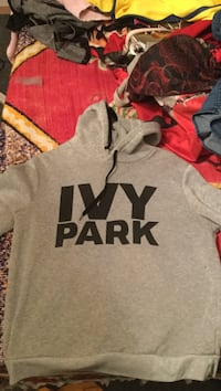 gray and black Pink by Victoria's Secret hoodie Summerland, V0H