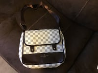 New Louis Vuitton Damier messenger bag (6 pics) Ottawa, K1T 0K4