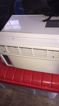 Who do ac unit. Only used one summer Falls Church, 22043