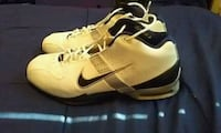 Nike shoes size 11.5 Vancouver, V6A 1L6