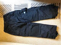 Snowboard/ski pants - (junior L or woman 2) padded knees- large cargo side pockets- adjustable waist -  excellent condition Secaucus, 07094