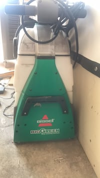 Bissell  big green deep cleaning machine Los Angeles, 91601
