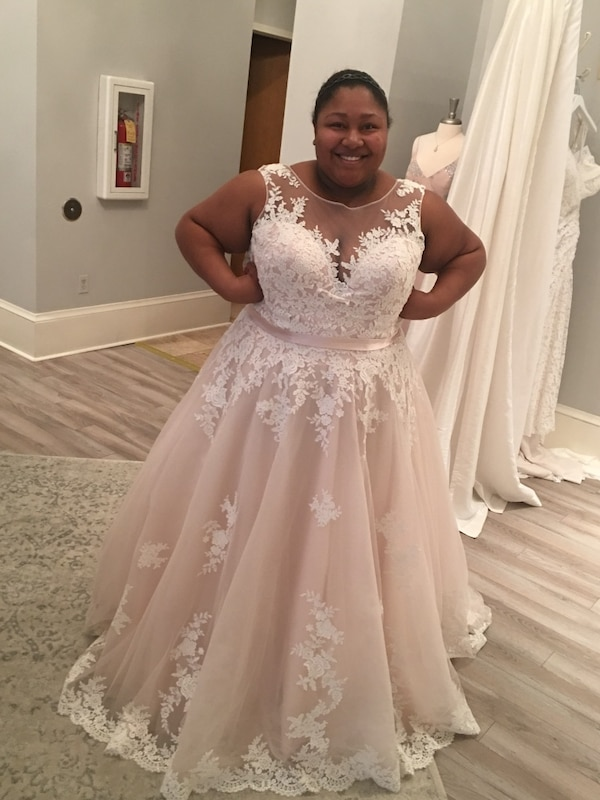 Used Allure Women S Wedding Dress Style W405 For Sale In Mooresville